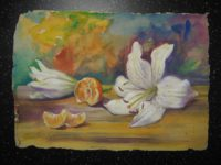 Натюрморт с белой лилией и мандарином