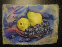 Натюрморт с грушами и чёрным виноградом